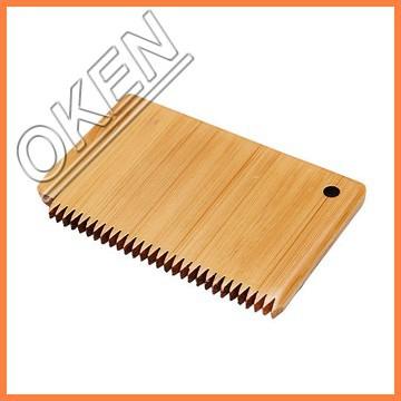 natural and handmade wood hair bs