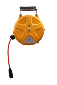 Wall-mounted Retractable Water Hose Reel,Auto Rewind ...