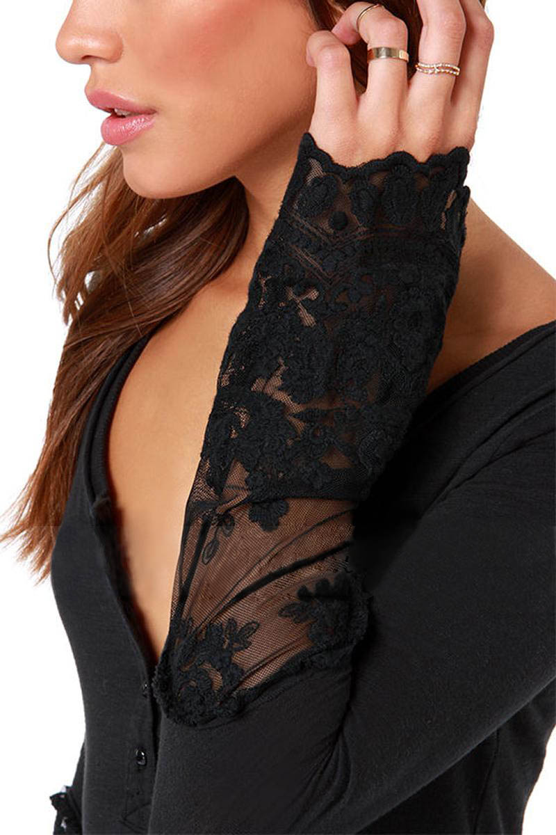 3b56dcb77333 New arrive Lace t shirt 2018 summer O neck full sleeve Knitted mesh  stitching slim hot sale women t shirts 6935