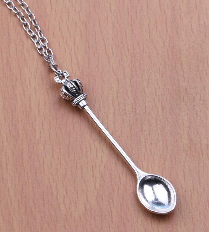 d2a84f9e48b8d ⓪Nouveaux Bijoux De Mode Vintage argent Alliage Croix Couronne ...