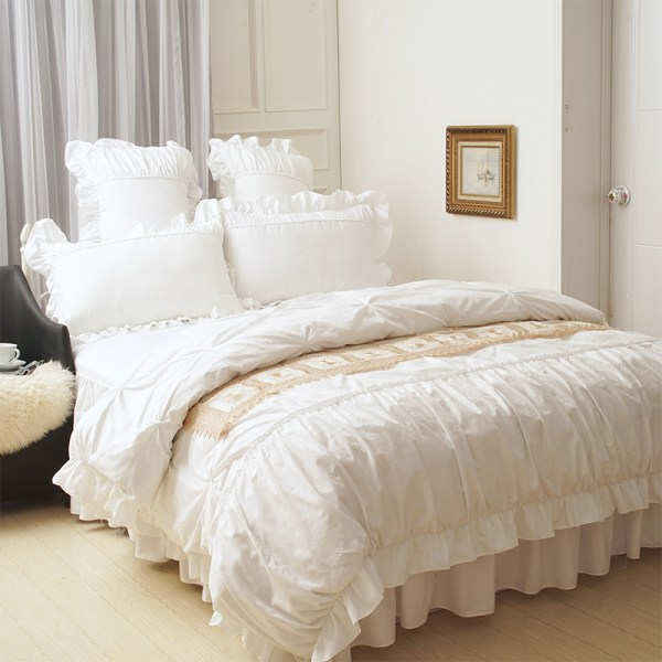 White Ruffle Queen Size Comforter Sets