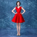 Red V-Neck Short Homecoming Dresses