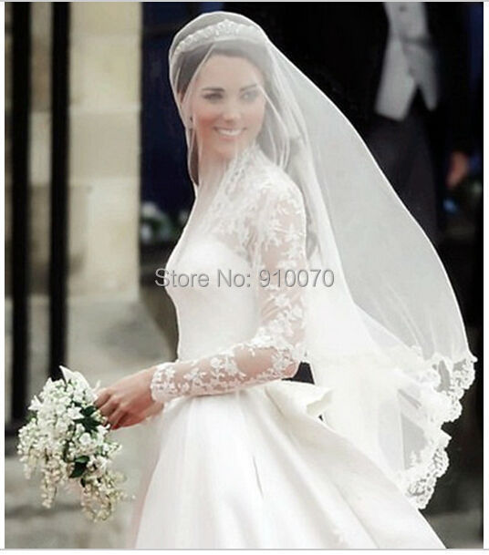 2015 Hot Cheap Veu De Noiva Cathedral White Bridal Veils With Crystals Romantic Lace Wedding