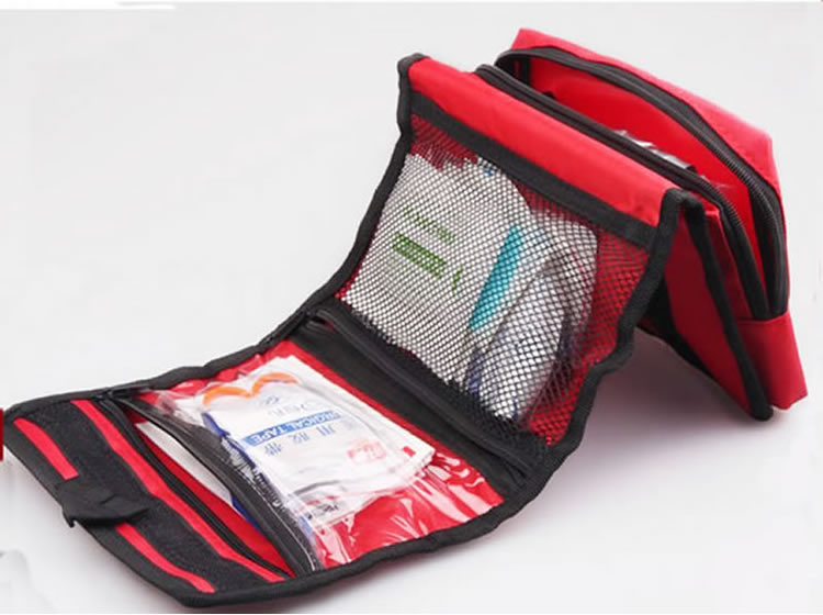 Foldable Waterproof Out of doors First Assist Package Bag Moveable Collapsible Excessive Capability Bag For Residence Journey Emergency Remedy HTB1Zm5bLpXXXXckXVXXq6xXFXXXT