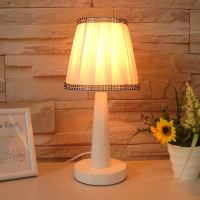 Promotion Brief Small Desk Lamp Modern Fashion Rustic Bed ...