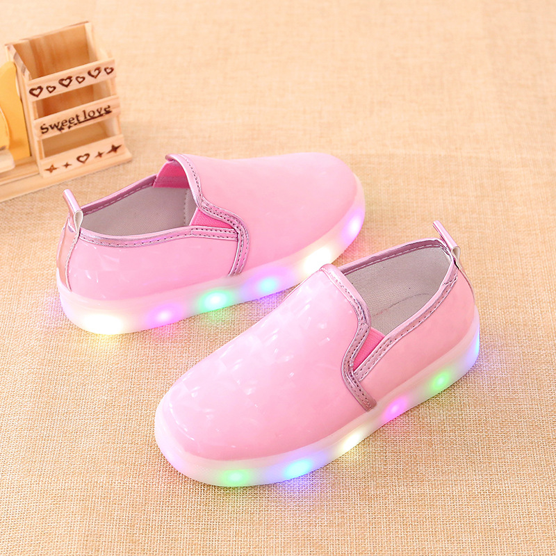 31ca0fd69219 2017 PU Leather LED Light Kid Shoes For Girls Casual Children Sneakers  Fashionable Breathable Slip On Red Shoe
