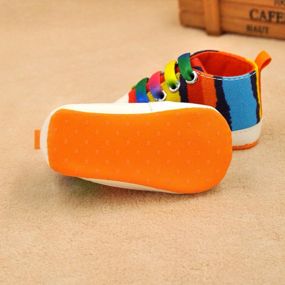 I bambini Bambino Ragazzo Ragazza Morbida Suola Scarpe di Cotone Carvan  Sneakers Lacci Scarpe Presepe 044a9a02b32