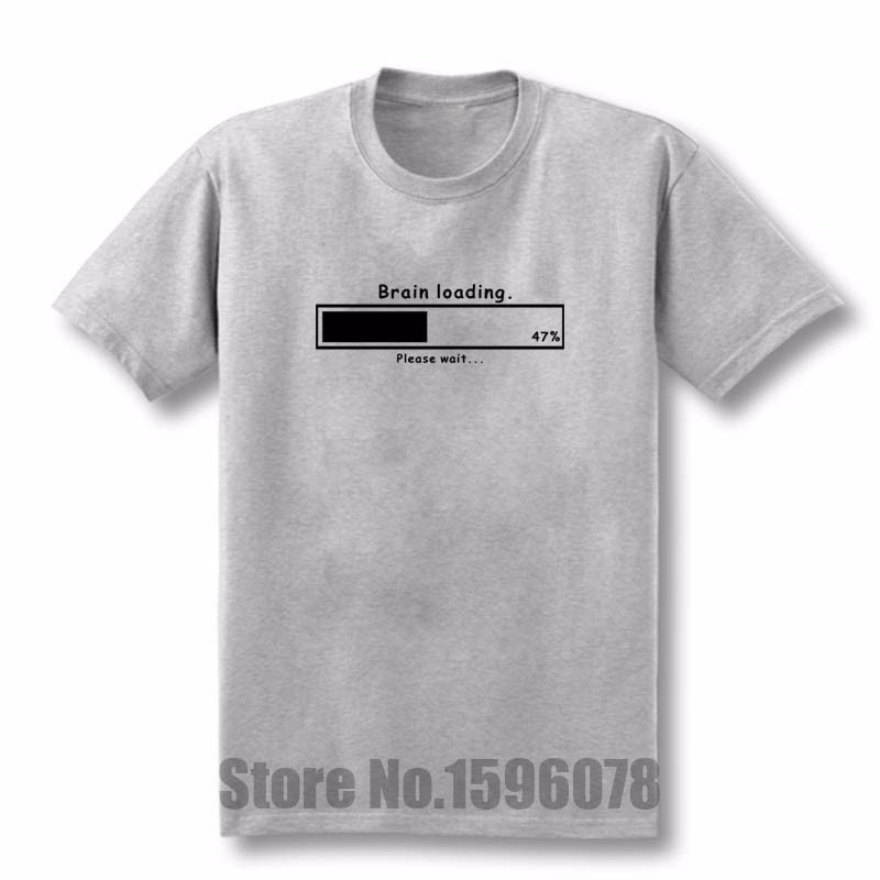 ④Cerebro cargando Funny gamer geek Funny mens Loose fit Camiseta de ... 0b8b2e8b7394e