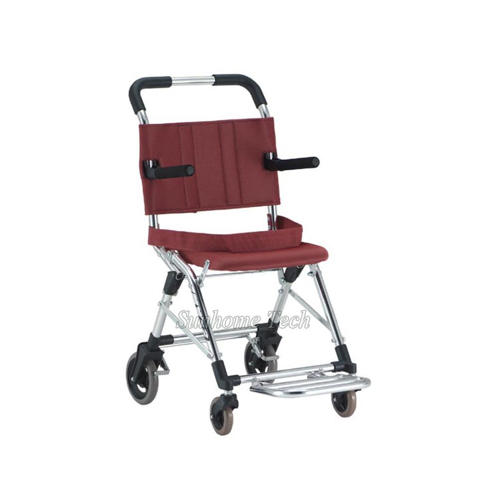 Compra plegable ligera silla de ruedas online al por mayor