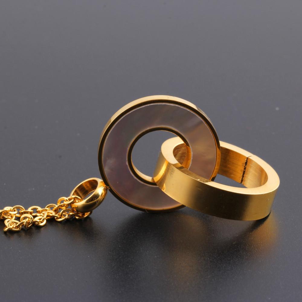 Aço Inoxidável da Cor do ouro Duplo Escudo Redondo Pingente Colar para Dia  Dos Namorados Dom de Amor 9cc0d5e385214