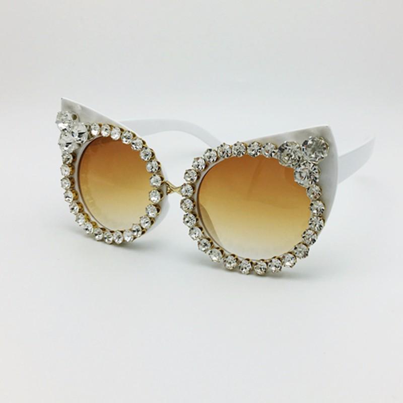 New 2016 Femmes Marque De Luxe lunettes de Soleil Bijoux Strass Décoration  Cat Yeux lunettes de Soleil Vintage Shades Lunettes gafas de sol bce6c55261bf