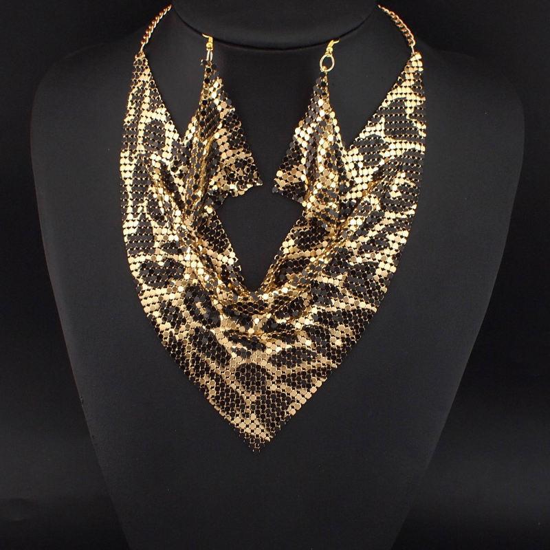 152fe81df3a1 UKMOC indio estilo brillante Metal Slice gargantilla Bib collares ...