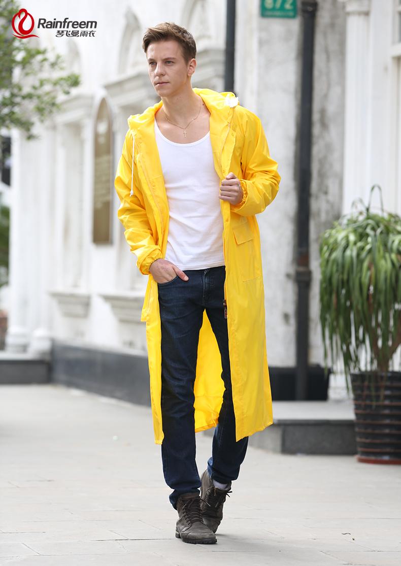 5bae66718c4 Con capucha:Tela de poliéster impermeable con forro de malla (sombrero con  capucha extraíble)