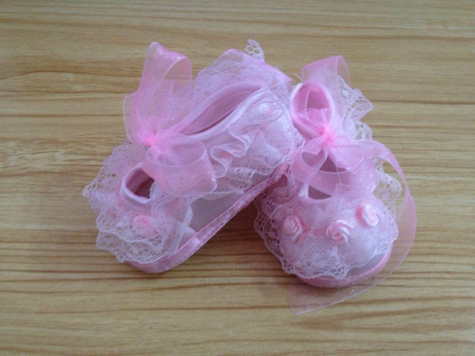 Bébé Filles Garçons Doux Pantoufles Bottes Chaussons Rose Bleu 0-12 mois et Oreilles /& yeux