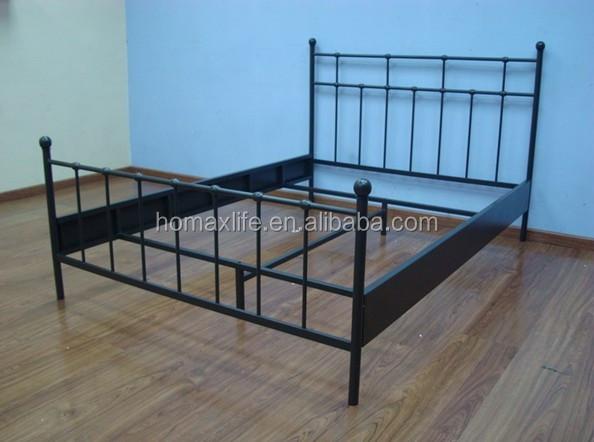 chambre a coucher moderne mobilier design double cadre de lit metallique hm 7010