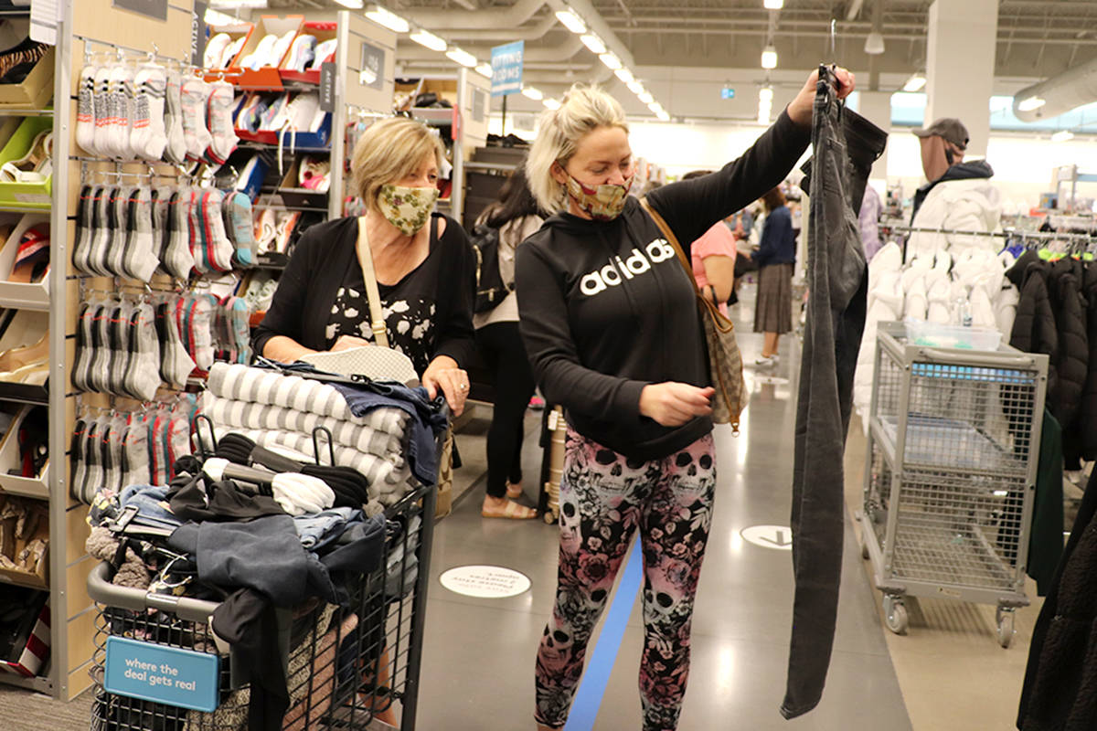 are nordstrom rack stores open today