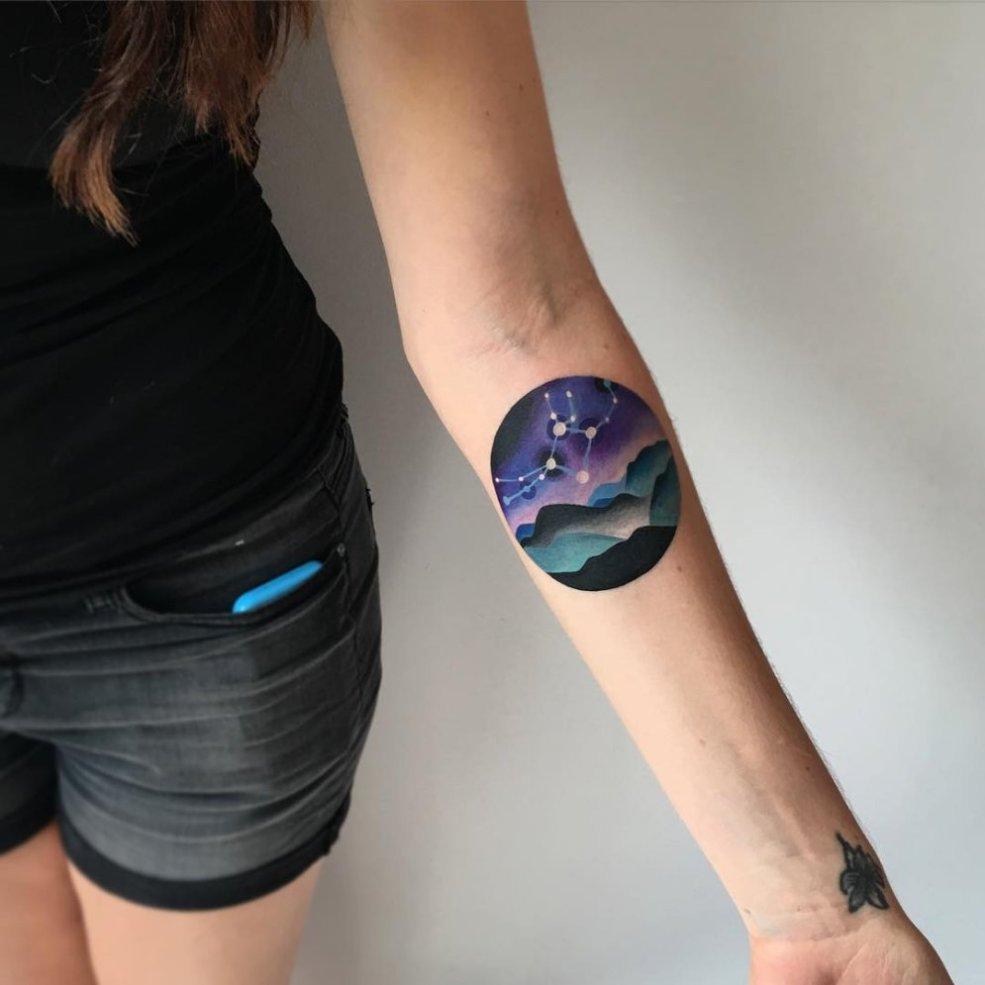 просто космос 19 стильных татуировок для тех кто хотел но не стал