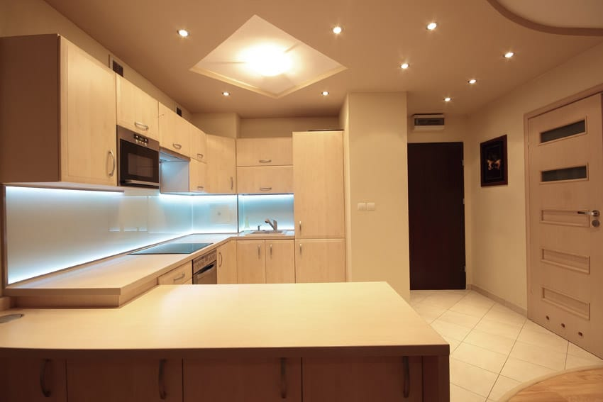 under cabinet lighting option