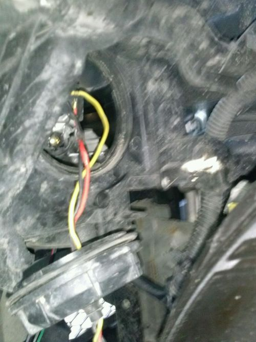 small resolution of 06 sedan headlight wiring cam00114 jpg