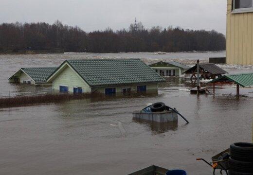 Fotoreportāža: plūdi arī Igaunijā