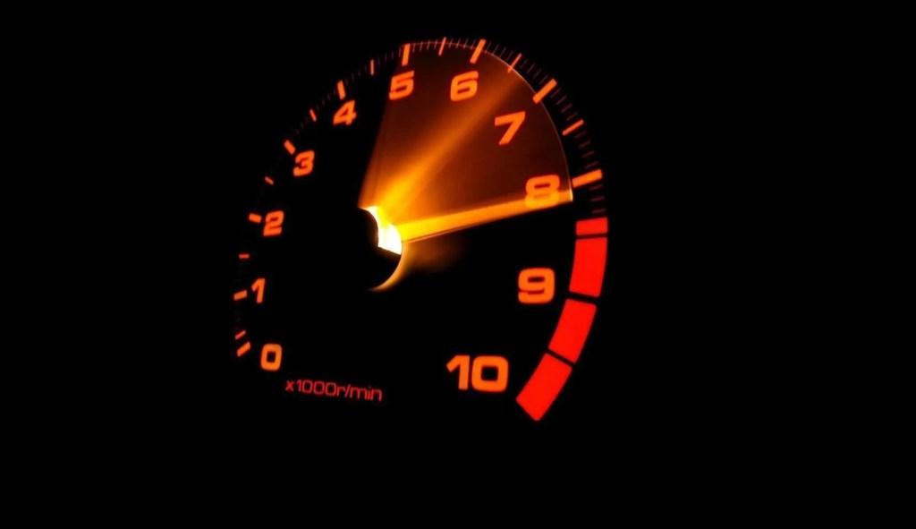 Forma de condução afeta o consumo de combustível