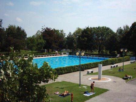 Deals for Gym PISCINA DI RHO Milano