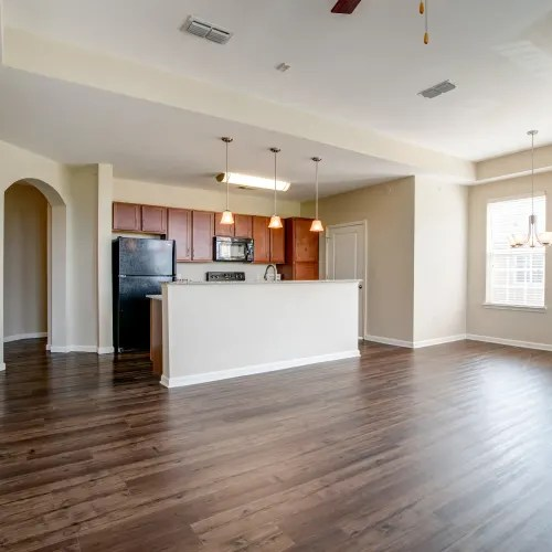 Hendersonville TN Apartments  Cantare at Indian Lake Village