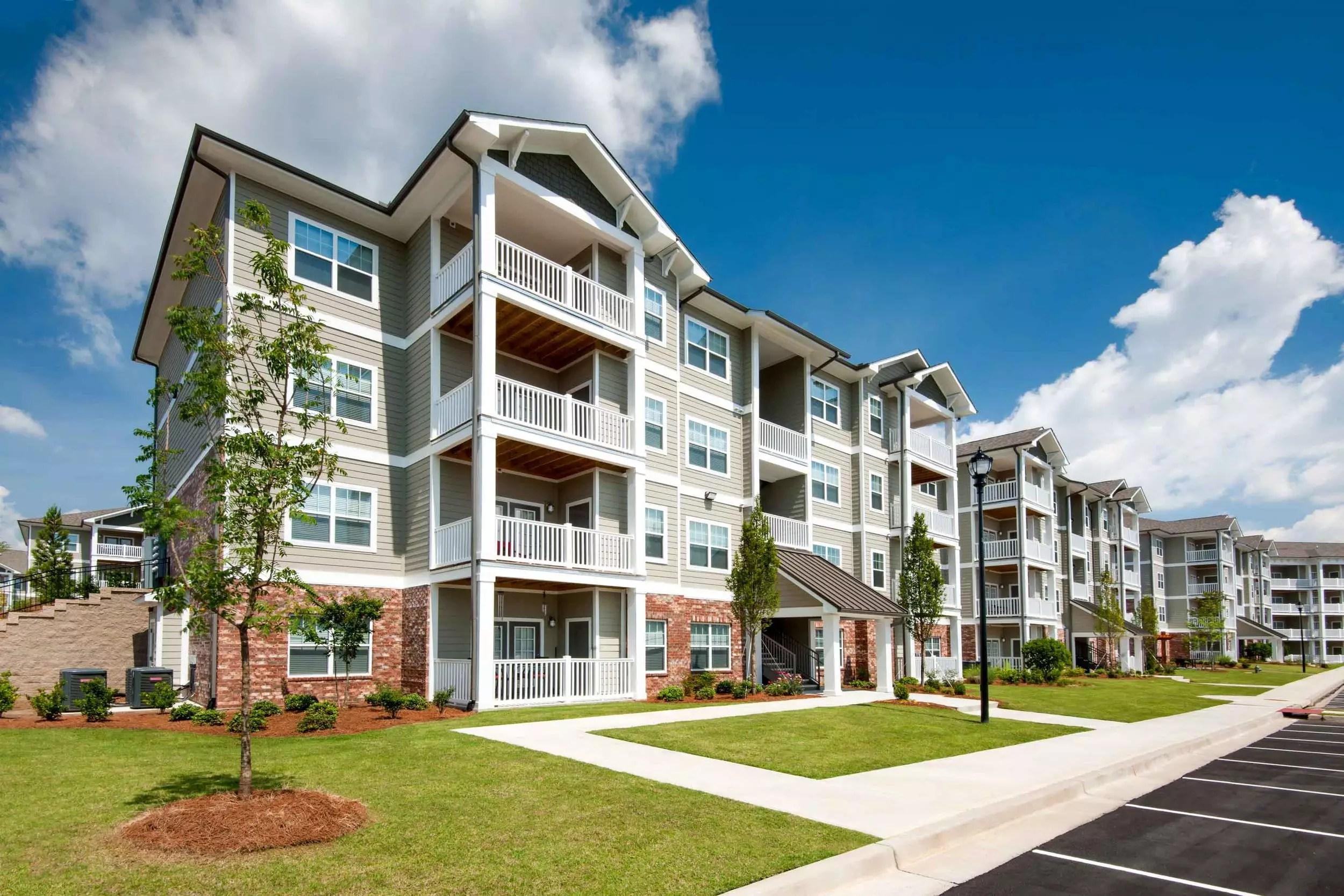 Apartments in Camp Creek Atlanta, GA