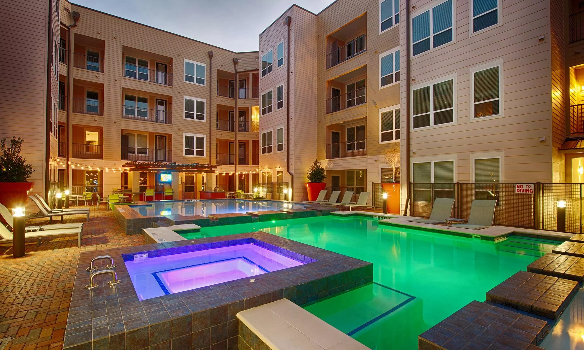 Rice Military Houston, TX Apartments for Rent near