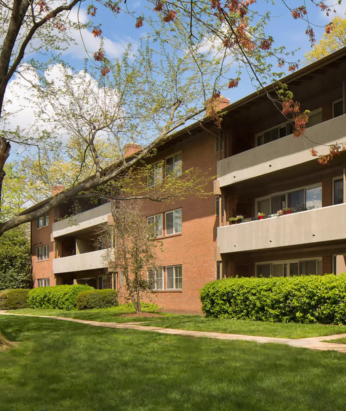 Brookdale at Mark Center Apartment Homes for Rent in