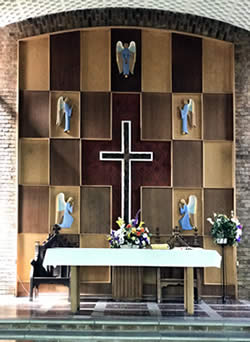 GB6CCC - Christ Church Coventry alter