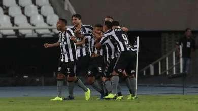 Photo of Botafogo vence o Flamengo no Engenhão