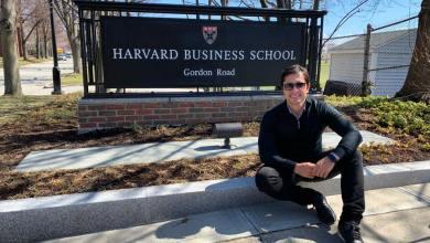 Foto de Duarte Júnior recebe promoção em Harvard