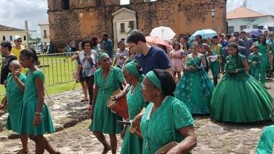 Foto de Eduardo Braide prestigia Festa do Divino em Alcântara-MA