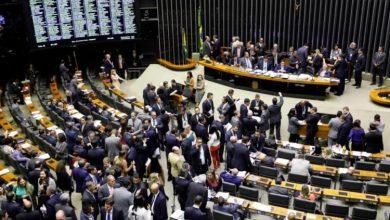 Foto de Bolsonaro vetou lei que proíbe fake news eleitoral