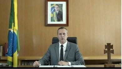 Photo of Assessores diretos de Roberto Alvim começam a ser demitidos