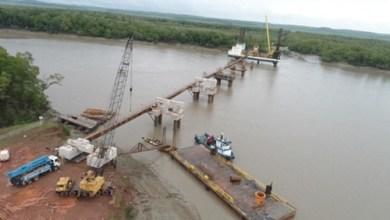 Foto de Flávio Dino é contra decreto de Bolsonaro que autoriza Construção Civil, mas mantém obra da ponte Bequimão/Central funcionando