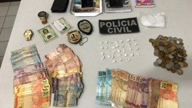 Foto de Polícia Civil prende casal por tráfico de drogas em Bequimão-MA