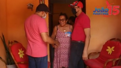 Foto de BEQUIMÃO-MA: João Martins e Magal visitam moradores do bairro Balandro