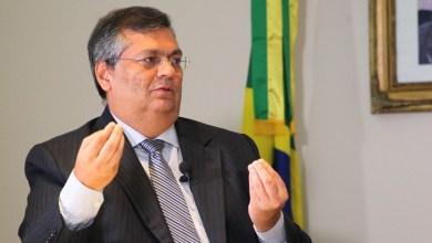 Foto de Flávio Dino mostra pra Bolsonaro como é gestão e antecipa 13º para servidores