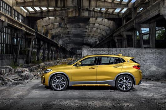 BMW X2 SUV Revealed - India Launch, Price, Engine, Specs, Features, Interior, Side Profile