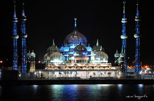 Masjidka-Crystal-ee-Malaysia.