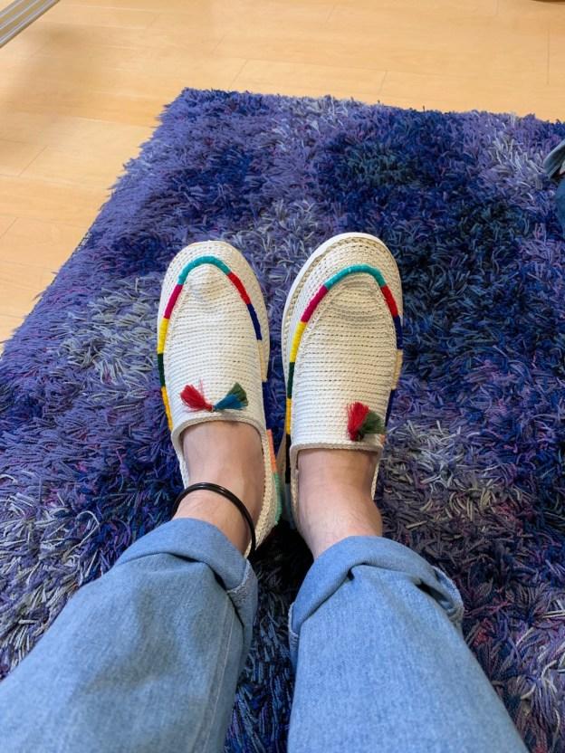 """履くギャッベ。イランの手編み靴""""パーシュ"""" 日本で買えるのはギャッベライフだけ。"""