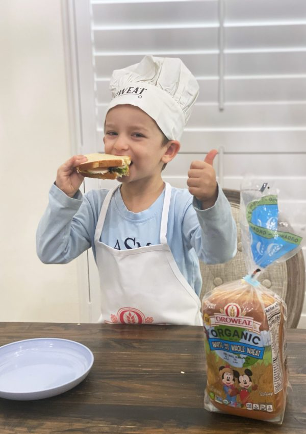 Oroweat Organic White Made with Whole Wheat Bread for Kids