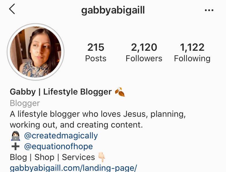 instagram account @gabbyabigaill
