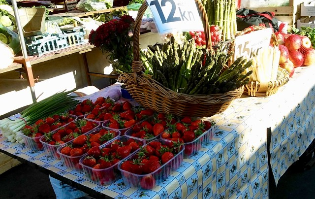 dolac market zagreb best places to visit in Croatia