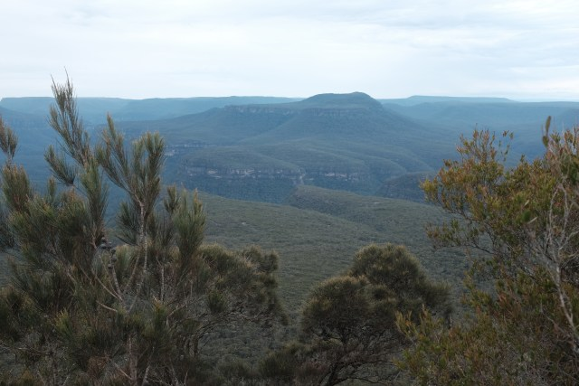 pigeon house hiking, new South Wales, travel in Australia, fitness nature
