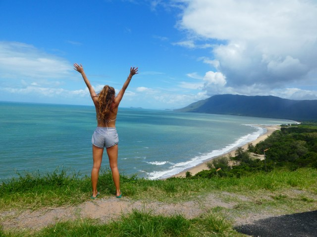 traveler backpacker Australia working holiday visa travel