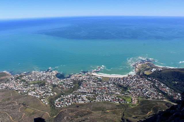 table mountain Cape Town budget travel guide