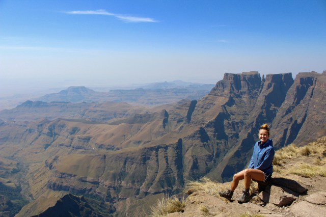 how to visit the drakensberg mountains south africa travel